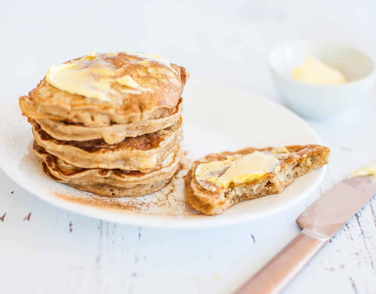Banana pikelets with butter