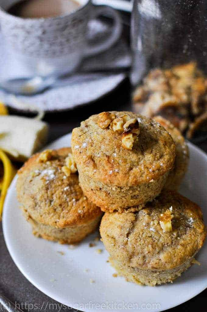 Refined sugar free banana and walnut cakes are the perfect snack with coffee | 188 Calories | Freezer Friendly