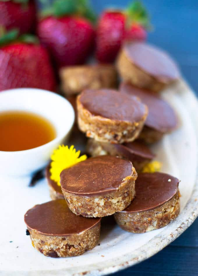 Healthy Raw Sugar Free Caramel Slice Bites perfect for satisfying sweet cravings.