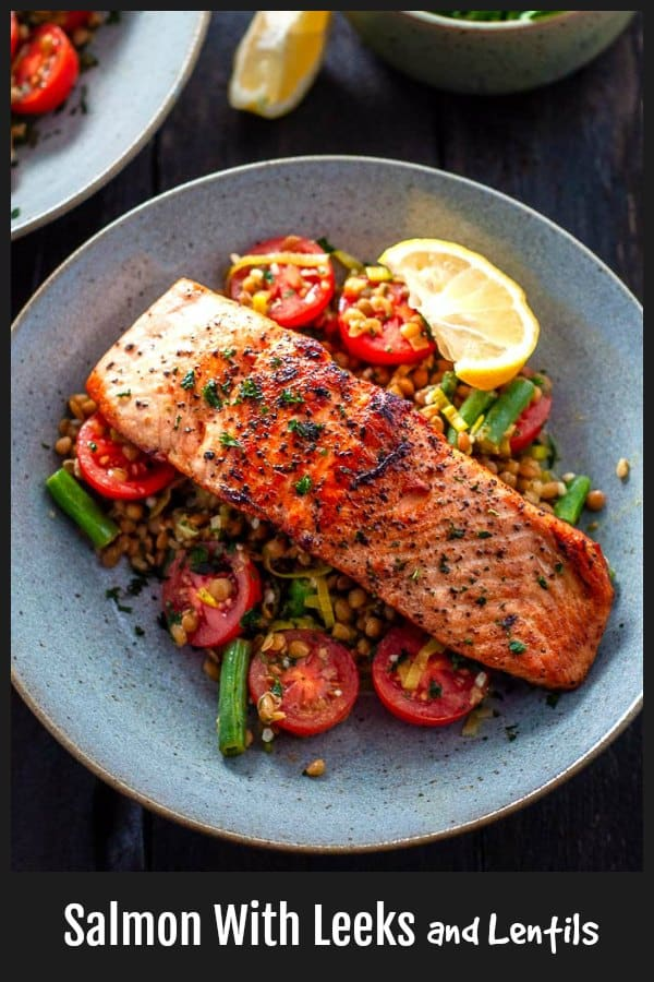 Easy 15 minute Crispy Salmon with Leeks and Lentils, Tomatoes and Green Beans.  Packed with flavour, good fats, fibre and lots of protein. #Salmon #15minutemeal #weeknightdinner #Lentils #Leeks #cleaneating | mysugarfreekitchen.com