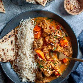 Beef Korma Curry Bowl