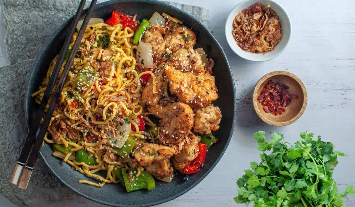 salt and chilli chicken with extra chilli and shallots