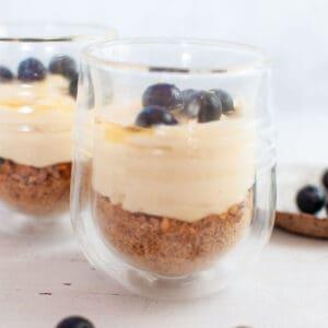 Lemon cheesecake dessert cups