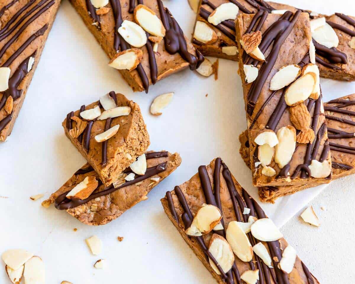 peanut butter protein bars on table broken in half